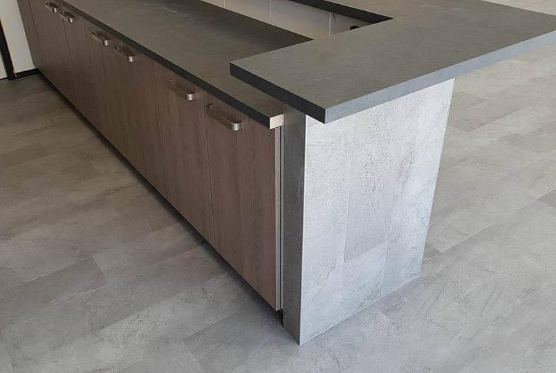 PVC vloer en werkblad in kantine